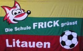 Die Schule Frick aus dem Aargau im Zeichen Litauens. (Foto: Schule Frick/Euroschools)